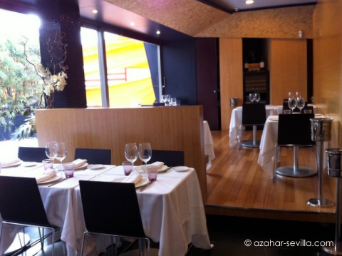 zelai dining room