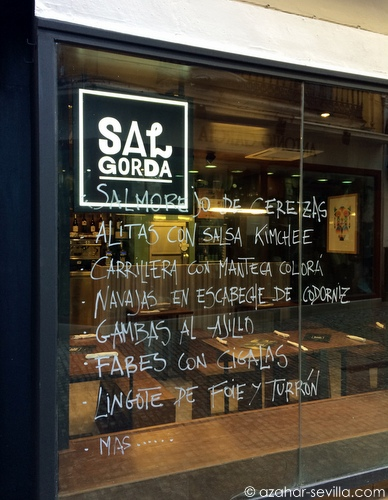 sal gorda bar window